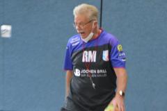 Der Handballtrainer kommt extra vom Verein